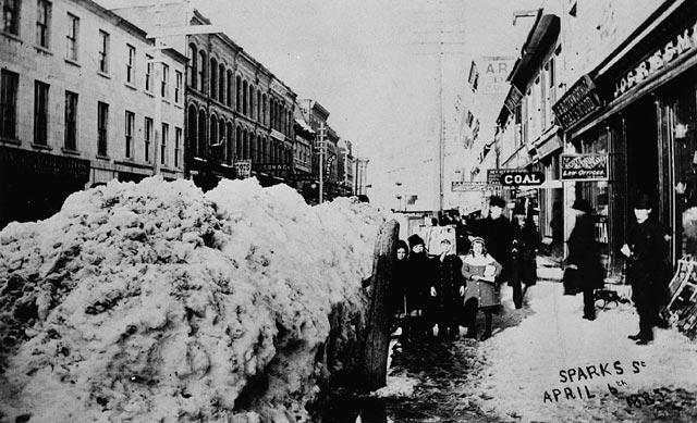 Sparks Street. Samuel J. Jarvis / Bibliothèque et Archives Canada / C-002186